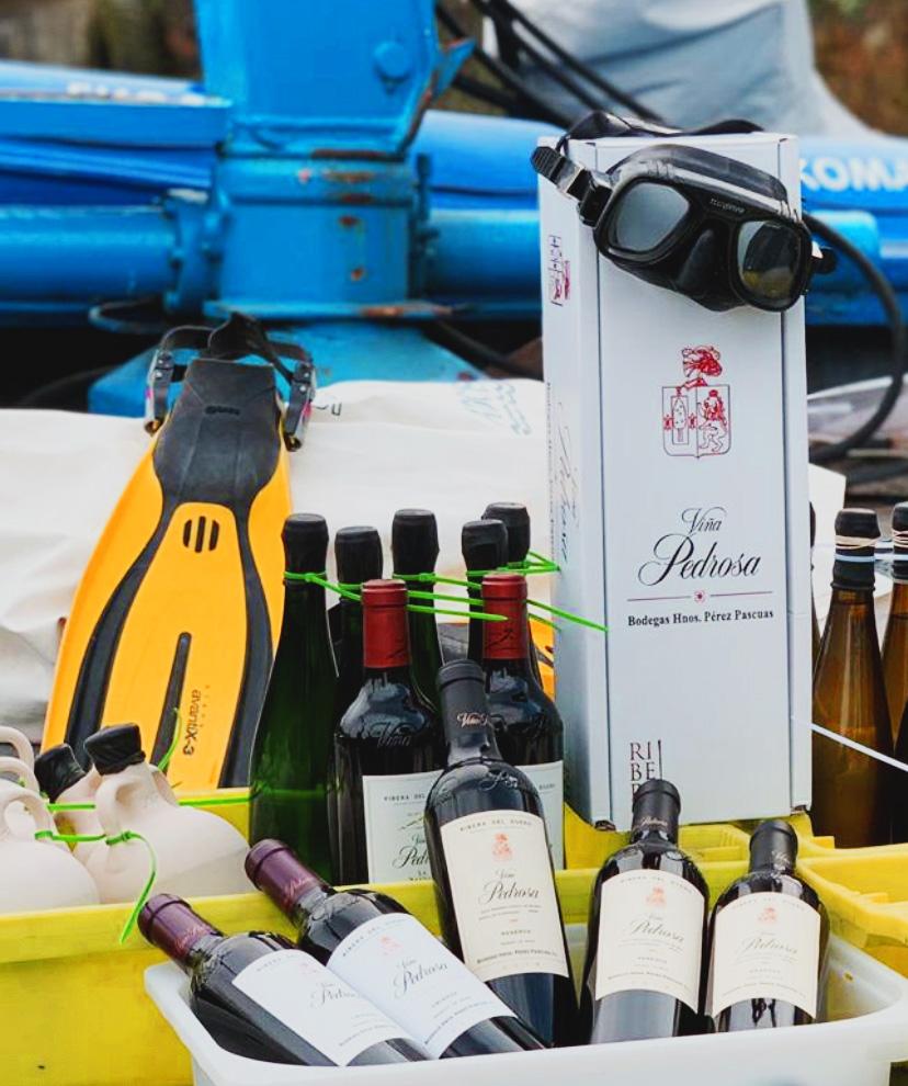 Vino reposando en el mar